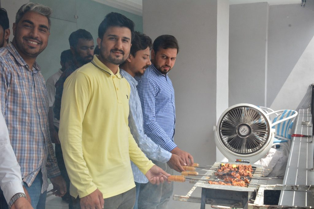 Celebrate BBQ day at Ropstam